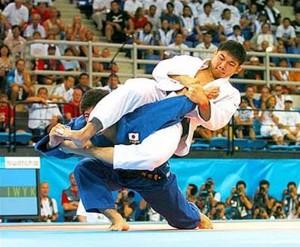 judo-arm-bar-300x247